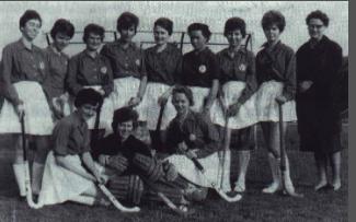 Die Damenmannschaft des HCE von 1962